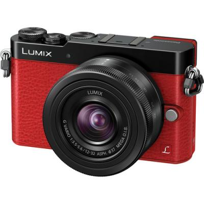 Фотоапарат Panasonic GM5 Red kit (G 12-32 M. OIS Black)