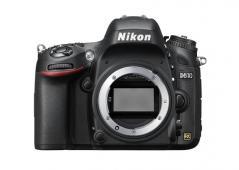 Фотоапарат Nikon D610 тяло + раница Thule TCDK-101 + Памет SDXC SanDisk Extreme Pro 64GB C10 V30 U3 (95MB)