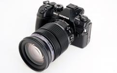 Фотоапарат Olympus OM-D E-M1 II Black тяло + Обектив Olympus M.Zuiko Digital ED 12-100mm f/4.0 IS PRO + Батерия Li-Ion Olympus BLH-1