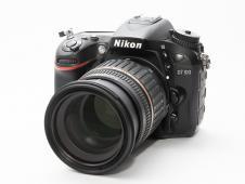 Фотоапарат Nikon D7100 + Tamron AF 17-50 f/2.8 + SB-24
