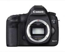 Фотоапарат Canon 5D Mark III body