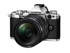 Фотоапарат Olympus OM-D E-M5 Mark II Silver тяло + Обектив Olympus M.Zuiko Digital ED 12-40mm f/2.8 PRO Black