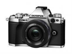 Фотоапарат Olympus OM-D E-M5 II Silver Kit (14-42mm EZ Black)